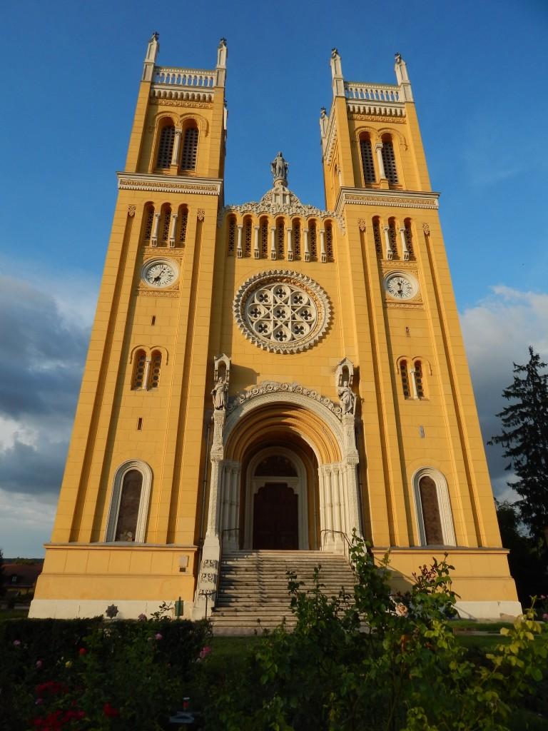 fóti katolikus templom