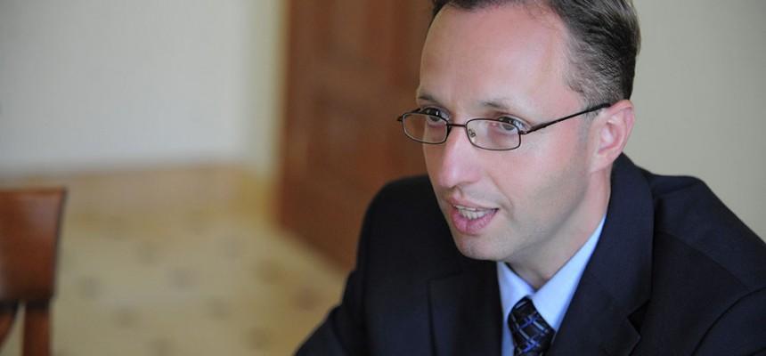 Dr. Tarnai Richárd