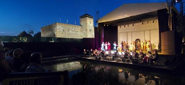 Gyula várszínház